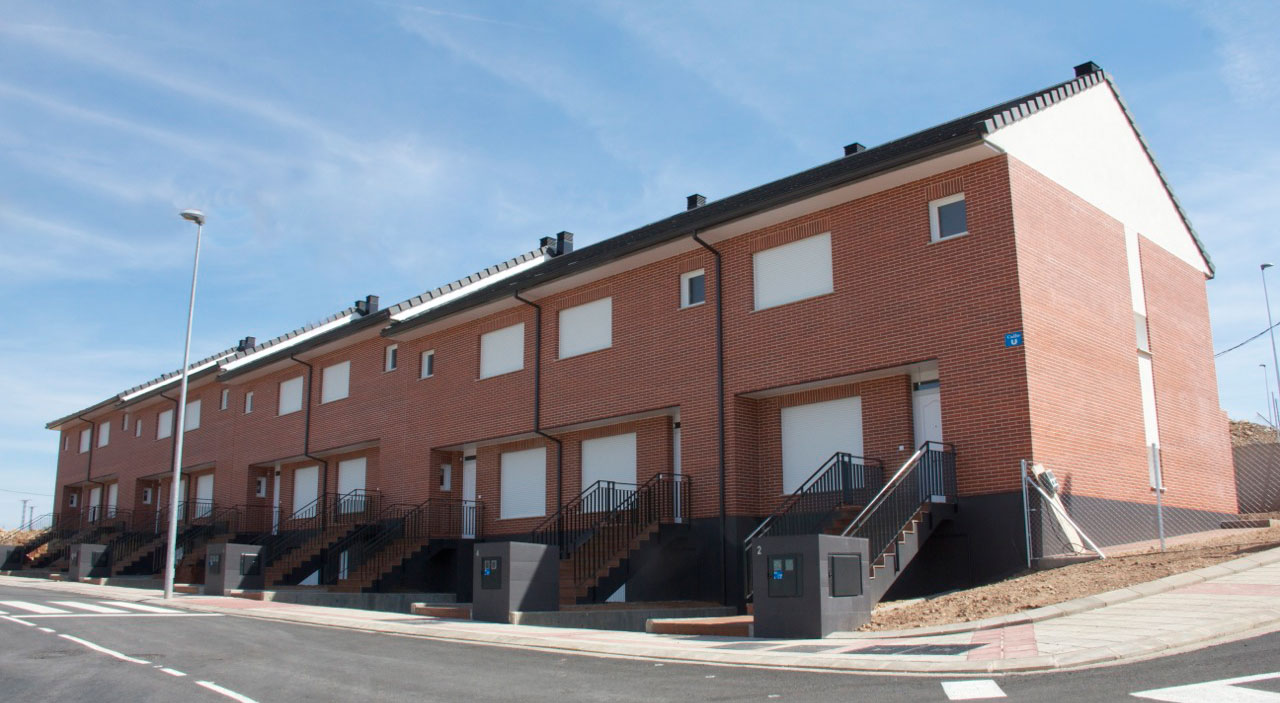 Inmobiliaria MR Adosados en Soria Camaretas